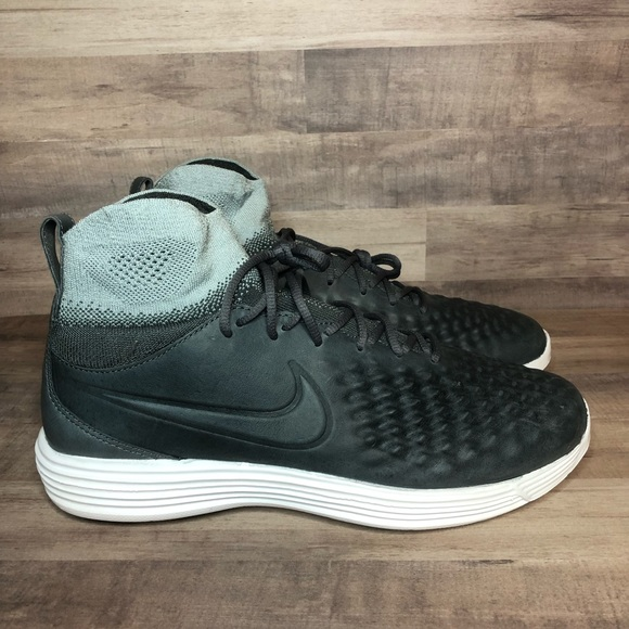 sports shoes d2758 ade8f Nike Lunar Magista Flyknit II 2 852614-002 NWT